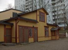 Visa Bilder av bevarade byggnader och trappor från gamla Hagalund